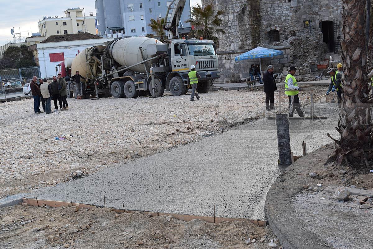 """Shkelet vendimi i gjykatës, derdhet beton pranë gjetjeve arkeologjike tek """"Veliera"""""""
