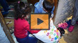 """""""Rikthe buzëqeshjen për festa"""", të rinjtë ndihmojnë familjet në nevojë"""